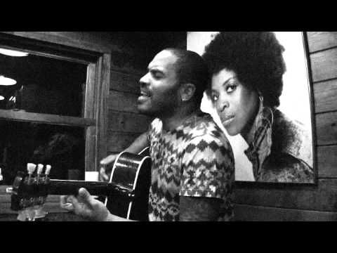 "Lenny Kravitz ""Thinking Of You"" Acoustic 2010 Tribute To Mother Roxie Roker. ~ seriously... one SEXY man."