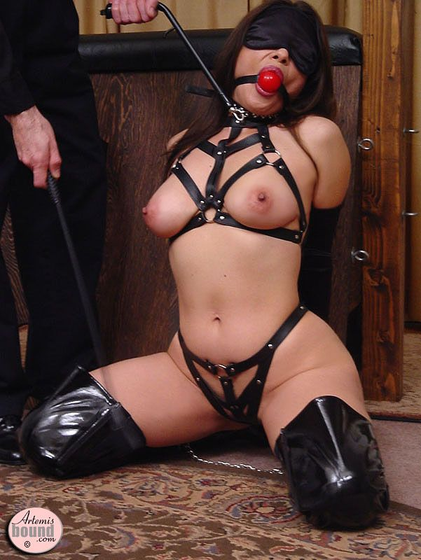 Latex bondage slut