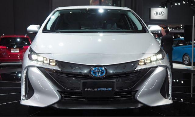 2018 Toyota Prius Prime Front
