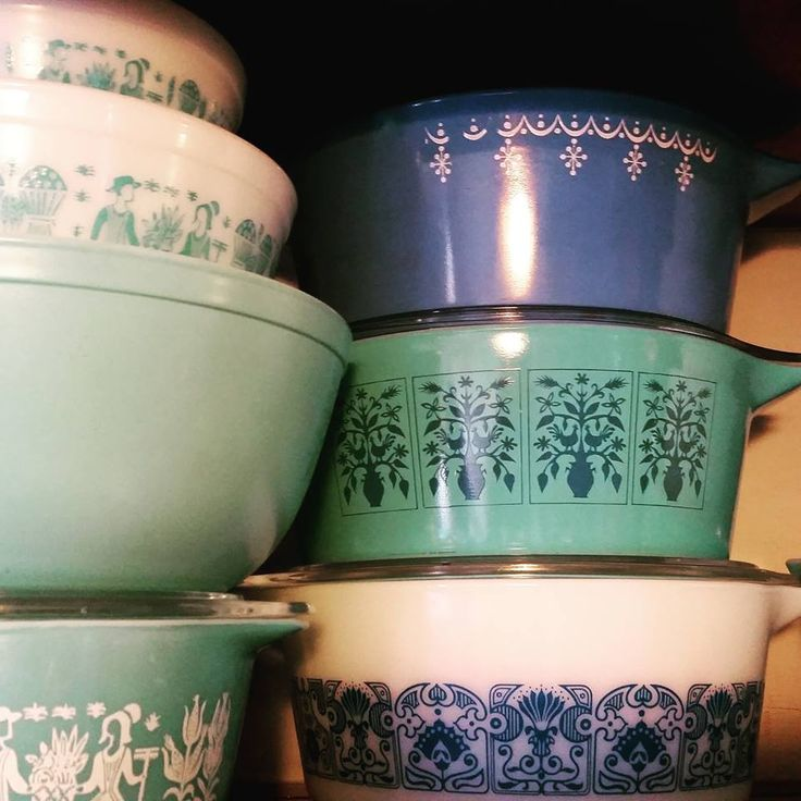 25 Photos of Vintage Pyrex in Action & 1659 best Vintage Pyrex ~No Pin Limits~ images on Pinterest ...