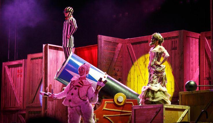 Le Hangar des Oubliés par le Cirque du Soleil.  Photographe: http://www.pagarneau.com   #HangarDesOubliés #CirqueDuSoleil #Québec