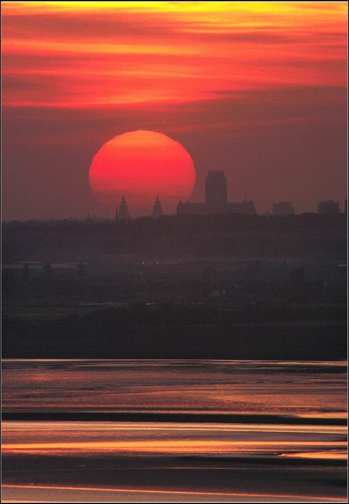 Beautiful Liverpool http://www.travelandtransitions.com/european-travel/