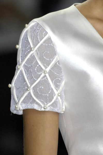 Lorenzo Riva at Milan Fashion Week Spring 2009 - Details Runway Photos
