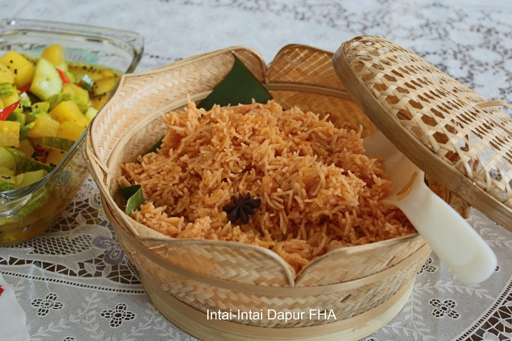 Nasi Tomato (Tomato Rice)
