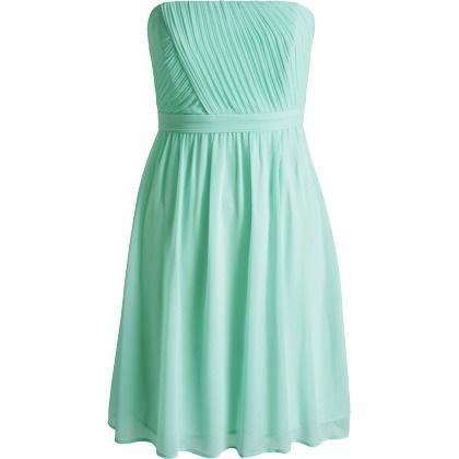 Cette jolie petite robe de couleur bleu pastel est id ale for Jolie robe pour un mariage