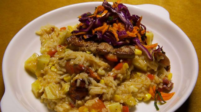 Jambalaya d'écrevisses, foie gras poêlé et salade de kalettes