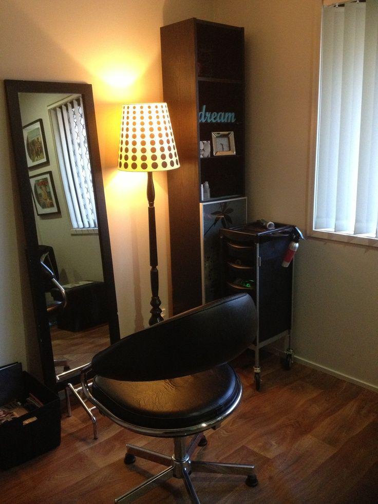 Best 25 industrial salon ideas on pinterest industrial salon design salon interior and - Home salon ollioules ...