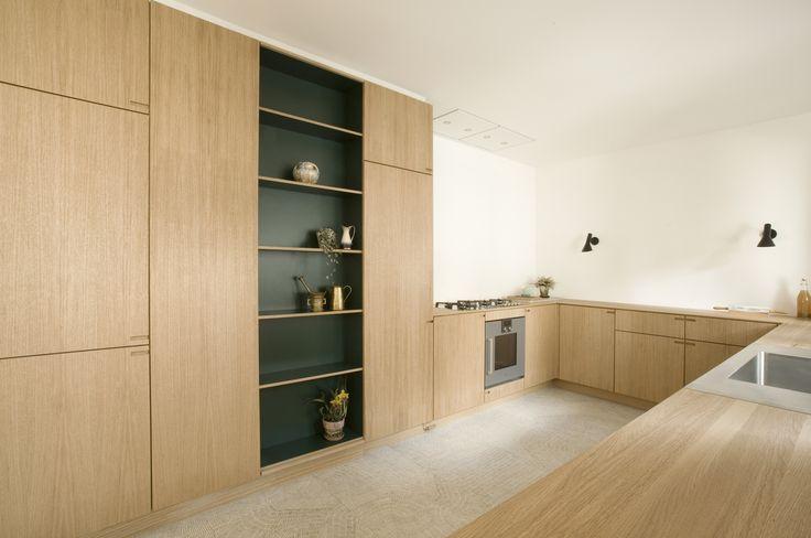 This kitchen is built in oak veneer with tabletops of solid oak.