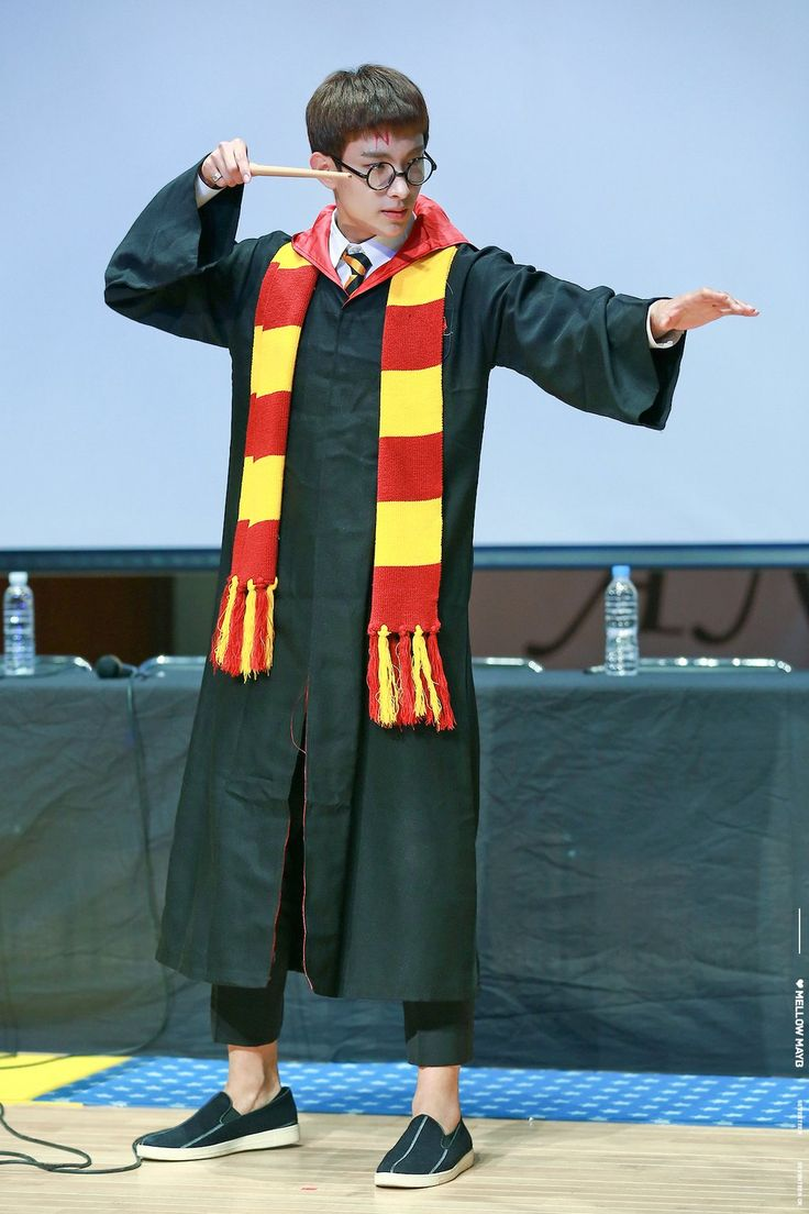 DK as Harry Potter - That fits him well I think