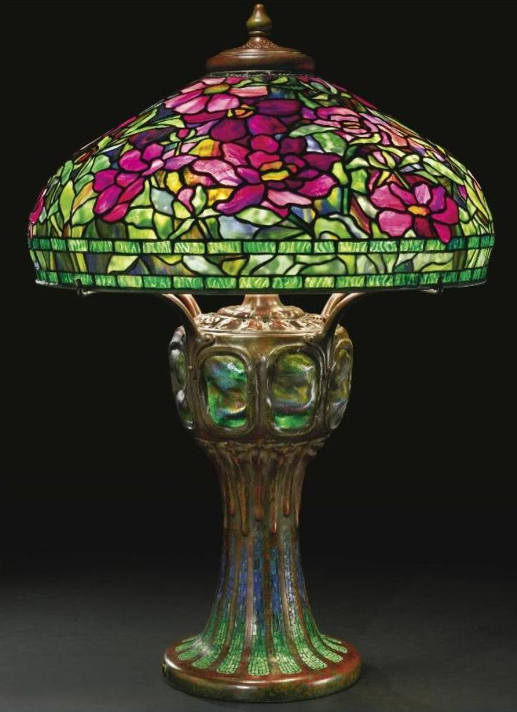 """Peony table lamp by Tiffany Studios, with a rare """"Mosaic and Turtle-Back"""" tile base, 1905"""