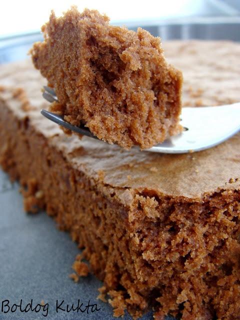 Csokitorta mandulával http://www.boldogkukta.blogspot.hu/2012/01/julia-child-harmadik-receptje.html