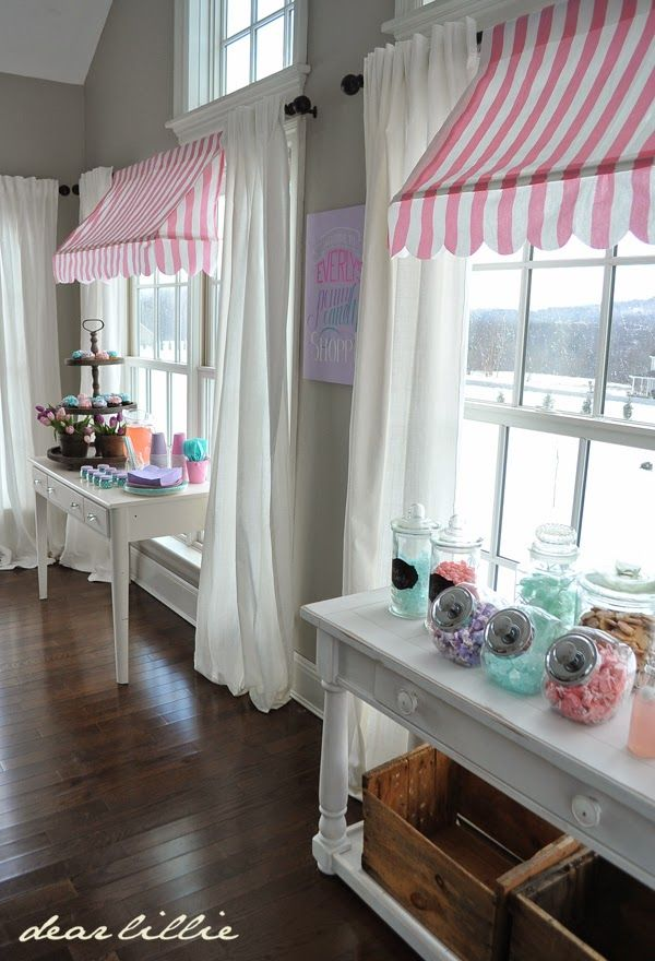 Dear Lillie: A Few Photos from Everly's First Birthday Party - Window awnings