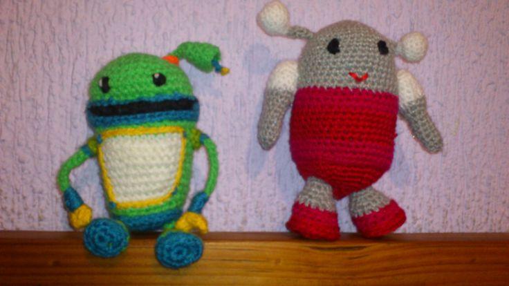 Free Crochet Pattern Umizoomi : Robot y Bot del equipo Umizoomi crochet Punto de cruz ...