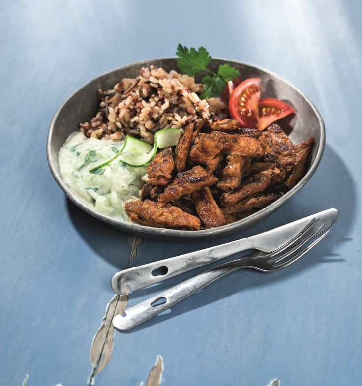 Soy Gyros With Wild Rice Mixture And Tzatziki - Veganz