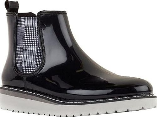 Exhibited above are the Cougar Kensington Waterproof Ankle Boots. Trendsetting rain boots from Cougar in Black. Make a great impression with these rain boots by the designer Cougar. #boots #booties #ankleboots #shoes #fashion