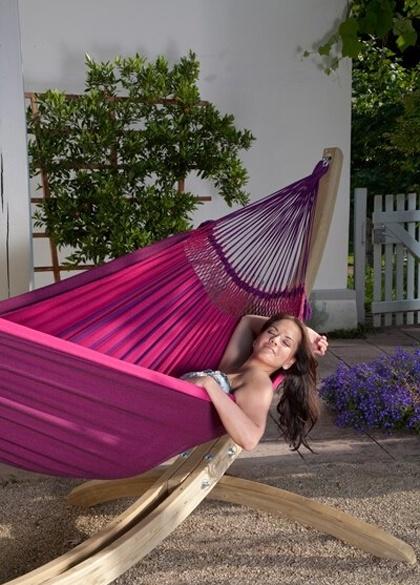Hangmat geeft rust en ontspanning in de tuin André Meilink