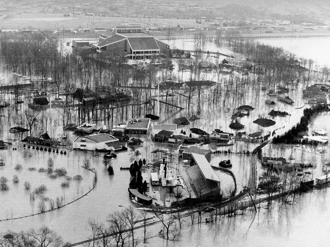 Opryland Flood march 1975 | Nashville | Pinterest | Parks, Underwater and The o'jays