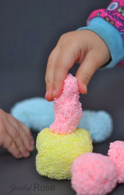 Homeamde Floam-easy to make and so fun! {So much cheaper than the store bought stuff!}