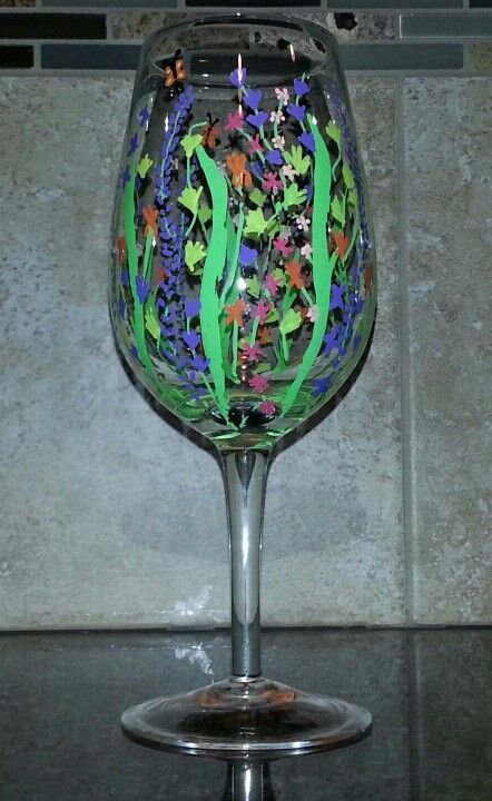 Sharpie paint pen wine glass art crafts pinterest for How to decorate wine glasses with sharpies