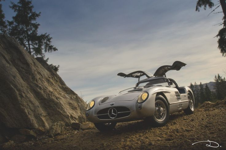 """Mercedes-Benz 300SLR """"Uhlenhaut Coupe"""" in 1:18th scale by CMC."""