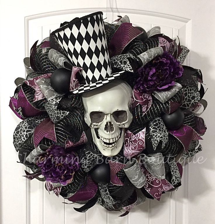 Halloween Wreath, Skull Halloween Wreath, Skull Wreath, Skeleton Wreath, Scary Halloween Wreath, Halloween Decor, Front Door Wreath, Top Hat by CharmingBarnBoutique on Etsy