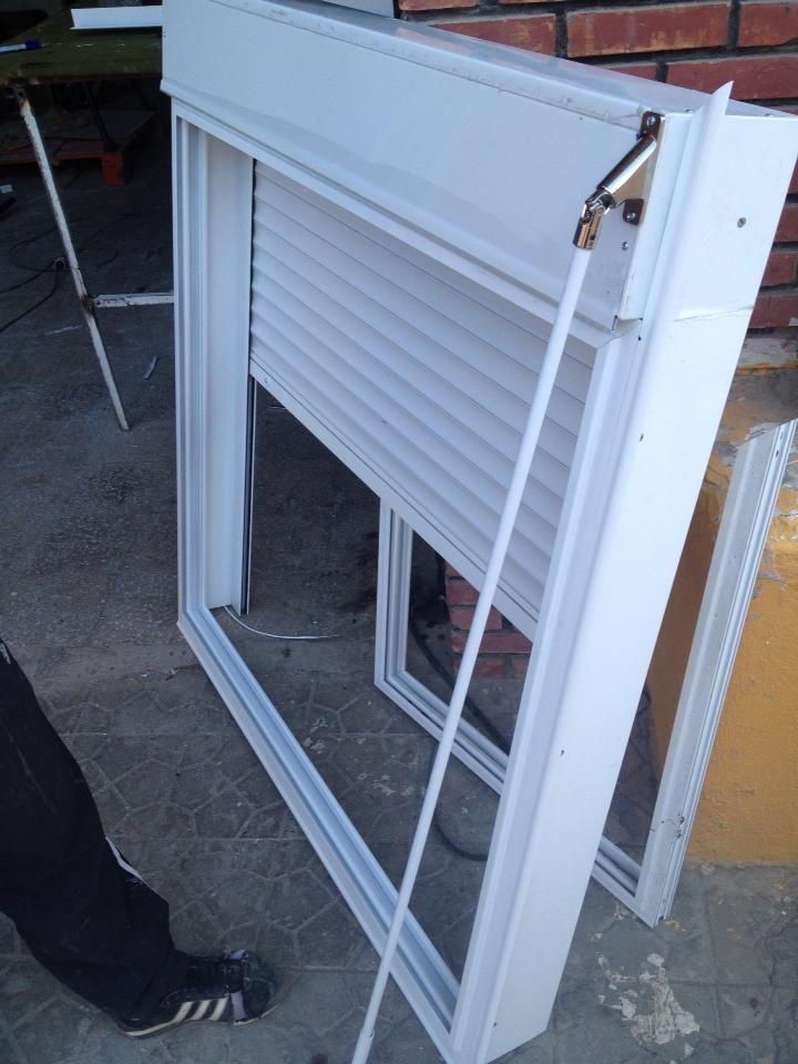 17 best ideas about menuiserie aluminium on pinterest porte d entr e aluminium fenetres - Porte double vitrage ...