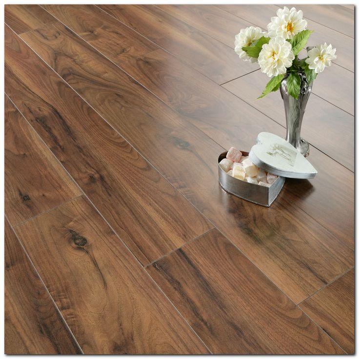 Ideas For Laminate Flooring: Best 25+ Laminate Flooring In Kitchen Ideas On Pinterest