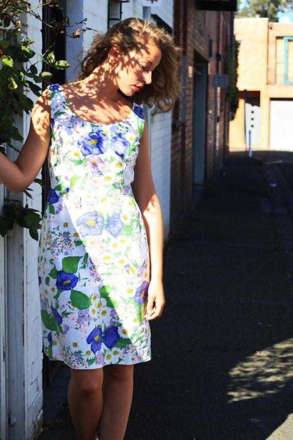 Vintage 1950s Spring Beauty Dress / Floral / S/M