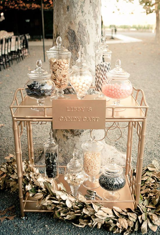 vintage dessert cart, by http://www.gloriawongdesign.com