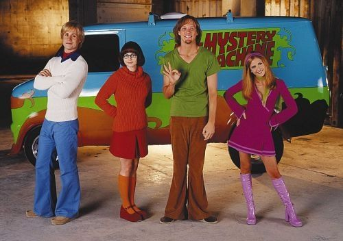 The scooby doo gang from the Scooby Doo movie and did you know Fred and daphne are married in real life Freddie Prinze Jr. and Sarah Michelle Gellar are who their played by that's cool that their married in real life and the movie was made over 11 years ago and I saw it in theaters when I was 7 in the year 2002.