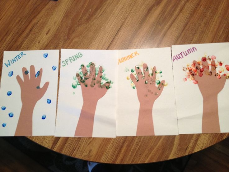 Seasonal craft with finger paints