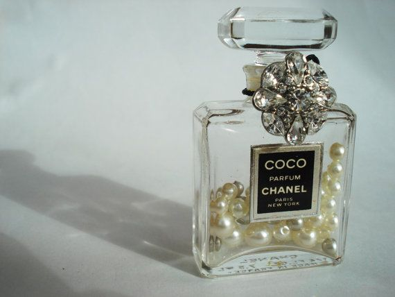 Vintage Authentic COCO Chanel Perfume empty bottle with pearls in it!! I am so gonna do this with my JUICY bottles however i will be putting BLING in those :)