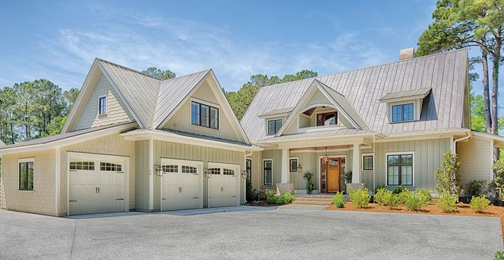 Low Country House Plan with 3238 Square Feet and 5 Bedrooms from Dream Home Source | House Plan Code DHSW077019
