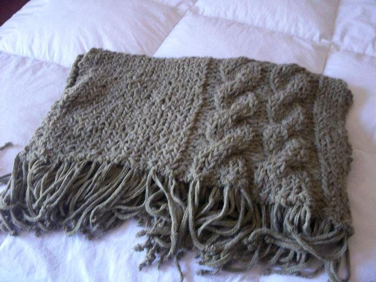 Manta tejida a mano en lana mantas de lana pinterest - Mantas de lana hechas a mano ...