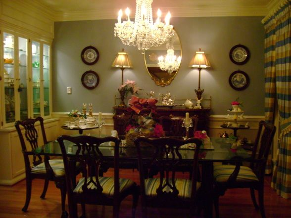17 best images about classic southern style on pinterest for Southern dining room