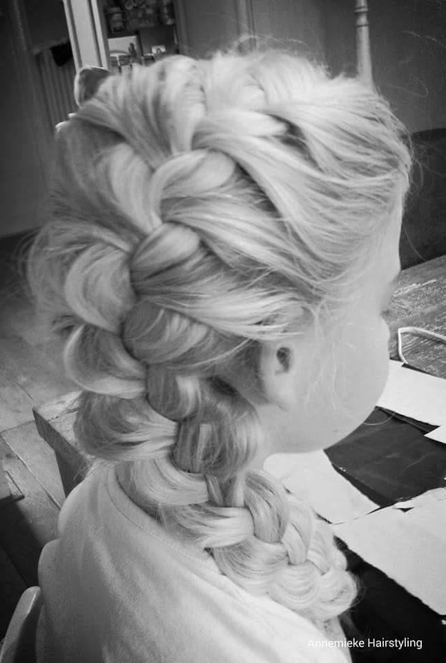 10 prachtige vlecht creaties voor meiden met lang haar!