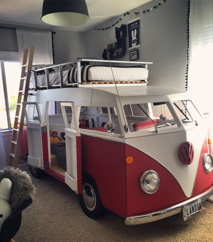VW bus camping van bunk bed - Retro Vintage Modern - designed and built by Landon's daddy! Complete with working headlights from real VW bus, working radio/speakers/sound system with iPad hookup, interior lights and Sooo many more amazing details!❤️