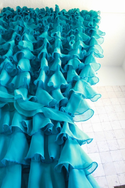 Diy Ruffled Shower Curtain Made From Sheets By The Rooster And The Hen Sewing Pinterest