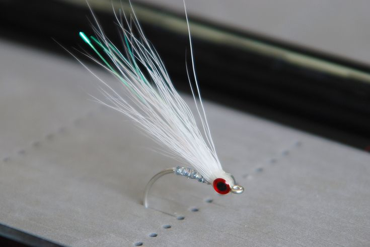 Buck Tail Glass Minnow - Saltwater and Freshwater Streamer Fly