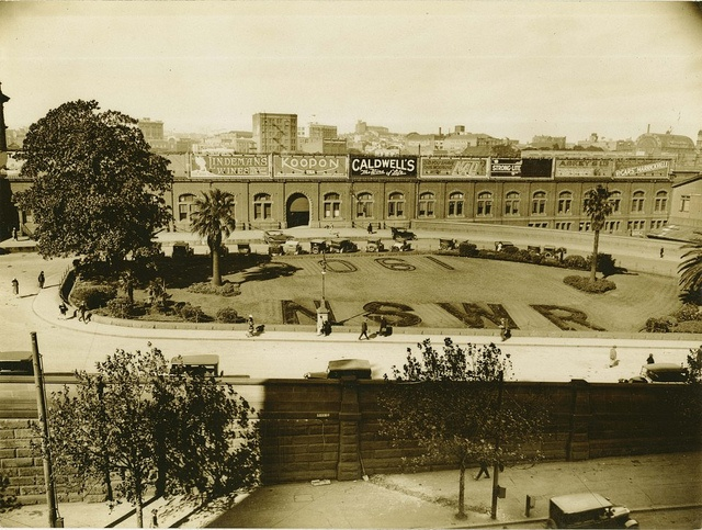 Garden in front of Central Railway Station, Sydney Dated: pre 14th February 1936