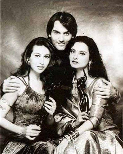 "3 Likes, 1 Comments - muvyz.com (@muvyz) on Instagram: ""#muvyz073117 #BollywoodFlashback Rekha (Khiladiyon Ka Khiladi), Karisma Kapoor (Raja Hindustani)…"""