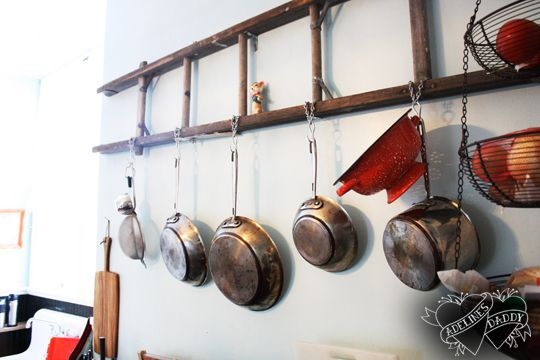 12 Awesome Ways to Repurpose an Old Ladder 8 - https://www.facebook.com/diplyofficial