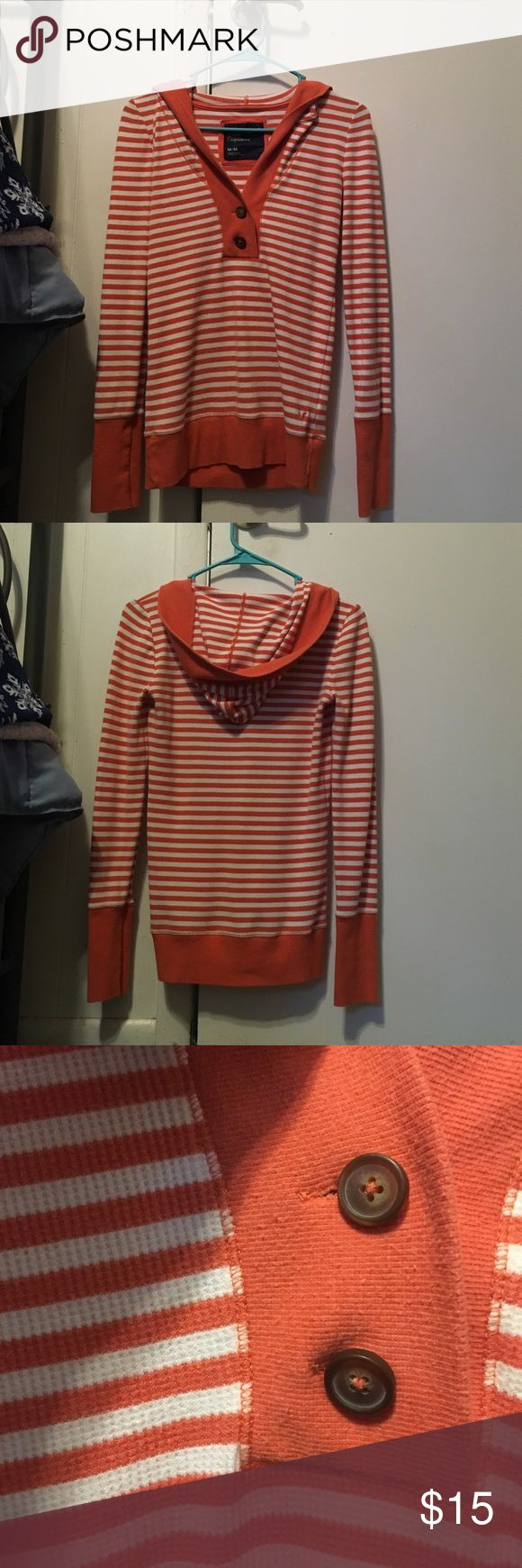 AEO Light Weight Striped Hoodie Good Condition Hey guys! I'm selling this cute light weight striped hoodie from American Eagle Outfitters. It has been worn a handful of times so there is piling in areas but no stains, rips, or marks anywhere. American Eagle Outfitters Tops