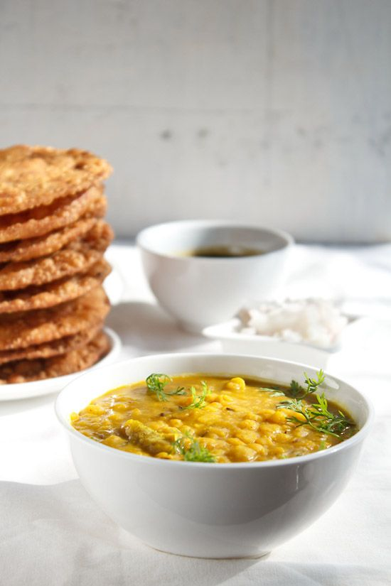 sindhi dal pakwan - sharing the step by step chana dal recipe, second part of the dal pakwan recipe. dal pakwan is a popular breakfast from the indian sindhi cuisine. #sindhirecipes #dalpakwan