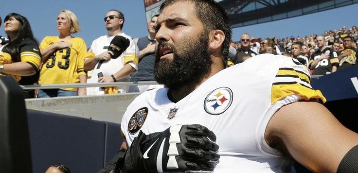 It's a shame that the Pittsburgh Steelers stayed inside during the national anthem just to stay out of the controversy, but one guy decided to come out. Former Army Ranger Captain Alejandro V…