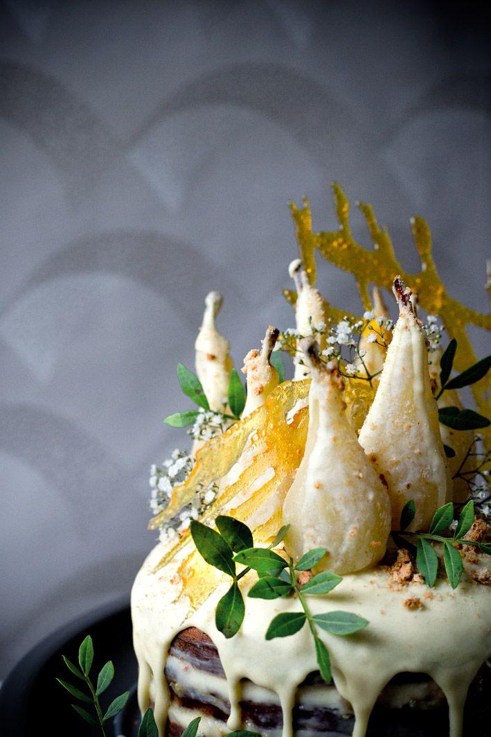 Birnen-Amaretto-Torte mit weißer Schokolade. (Dessert Recipes)