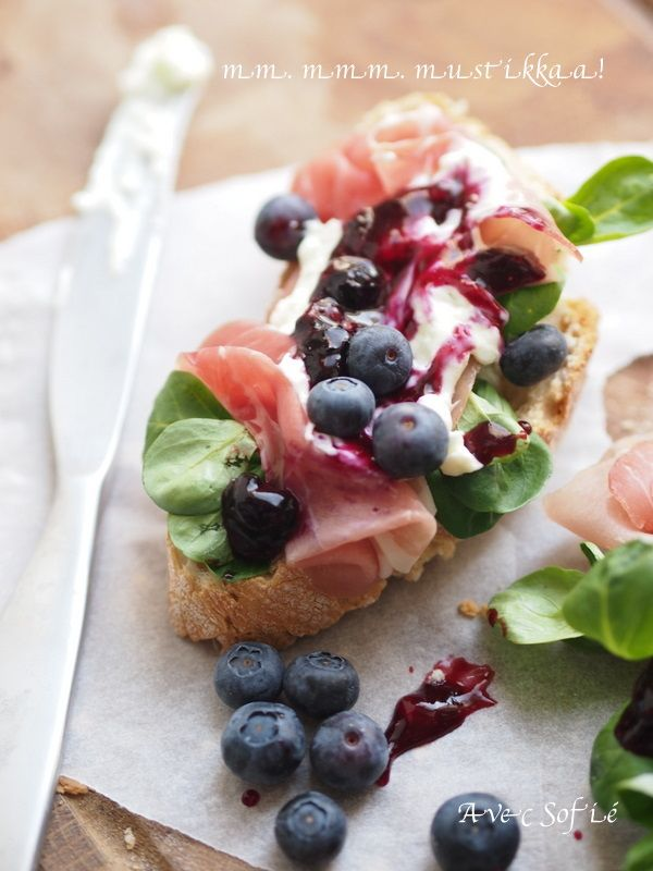 Avec Sofié -blog/ Blueberry bruschetta