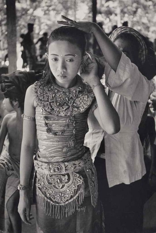 Henri Cartier-Bresson Ubud, Bali, c.1950 / Gelatin silver print mounted on board