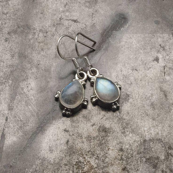 Moonstone Earrings, Sterling Silver Moonstone Dangle Earrings, Boho Earrings, Teardrop Small Earrings, Moonstone Jewelry, Rainbow Moonstone