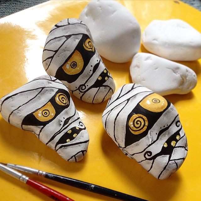Art Ed Central loves these halloween mummy rocks